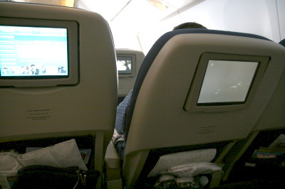 シート幅 ニュージーランド航空プレミアムエコノミー