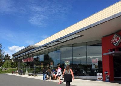 ニュージーランドのスーパーでリサーチ