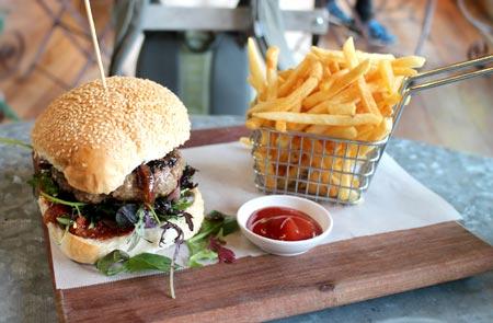 ニュージーランドのハンバーガー
