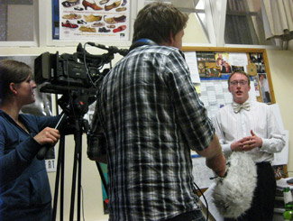 ニュージーランドのクライストチャーチで見られるCTVが取材に