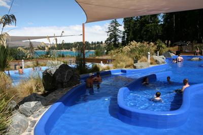 テカポ 温泉