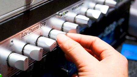 ラジオ スタジオ クライストチャーチ