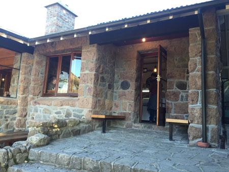クライストチャーチの丘のカフェ