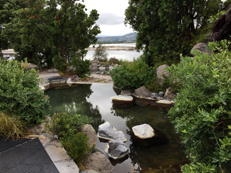 露天風呂 ニュージーランド