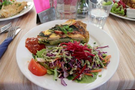カフェでブランチ ニュージーランド