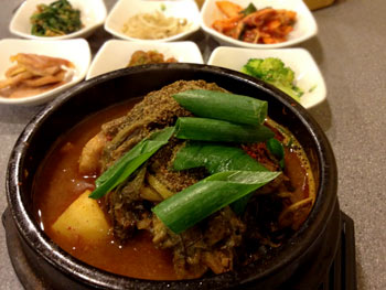 牛のスープ 韓国料理