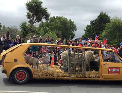 クライストチャーチの サンタパレード