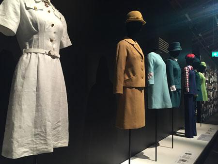 CA 制服の歴史