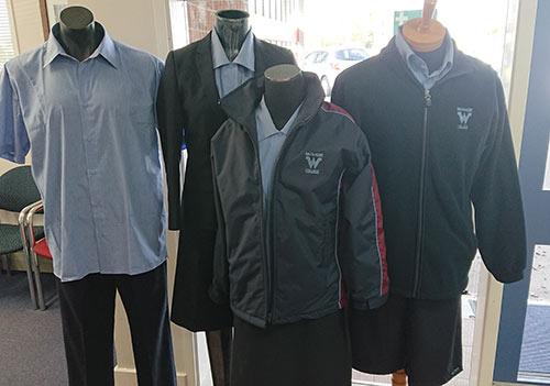 オークランドの高校留学 制服