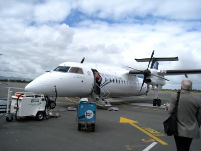 ニュージーランド航空 ボンバルディアQ300