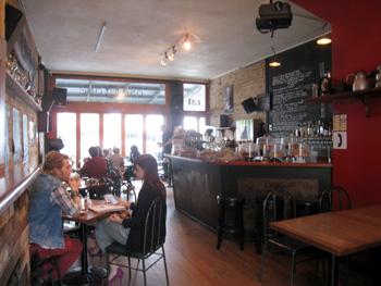ポンソンビーのカフェ